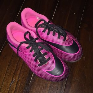 Nike Soccer Cleats size 12 Youth Girls